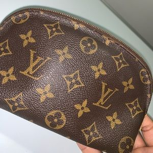 ❌SOLD❌ Louis Vuitton Cosmetic Pouch